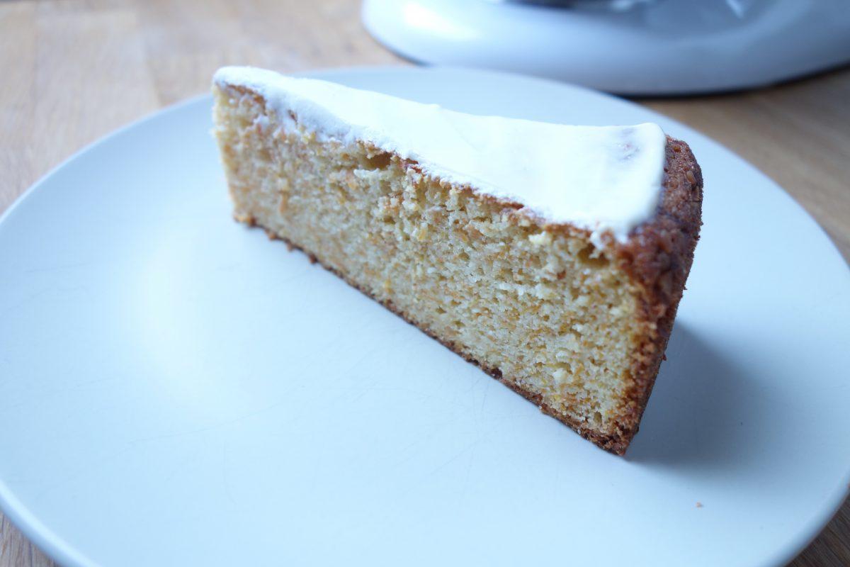 Möhrenkuchen – Carrot cake